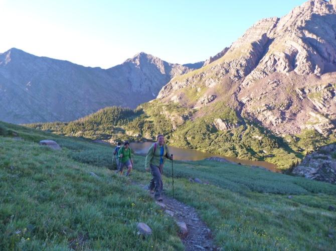 Hiking_up_humbolts_west_ridge