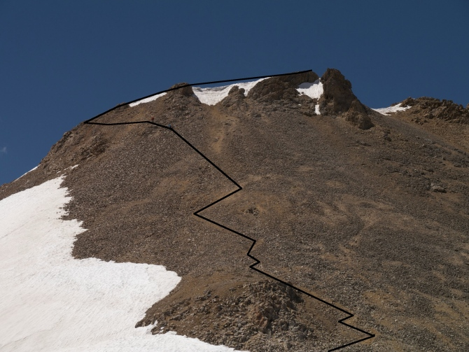 The route up Triangle Peak from Triangle pass