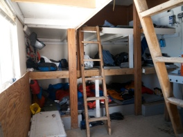 Bunk-space in this hut was tight. You slept shoulder to shoulder with other climbers
