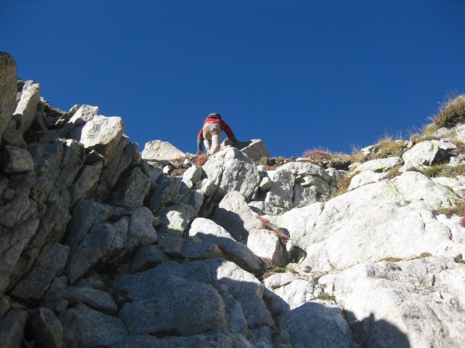 Scrambling on the upper route